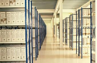 Estantería económica para almacenar productos pequeños Es la más pequeña, pero la más versátil estantería que se puede tener. Tanto para almacenaje de poca carga como para archivos de oficina, bibliotecas, empresas, colegios, almacenes, etc. Ideal para el almacenaje de […]